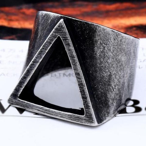 Triangle Ring Vintage