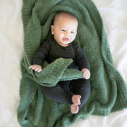 Saranoni Bamboni Receiving Blanket: Olive