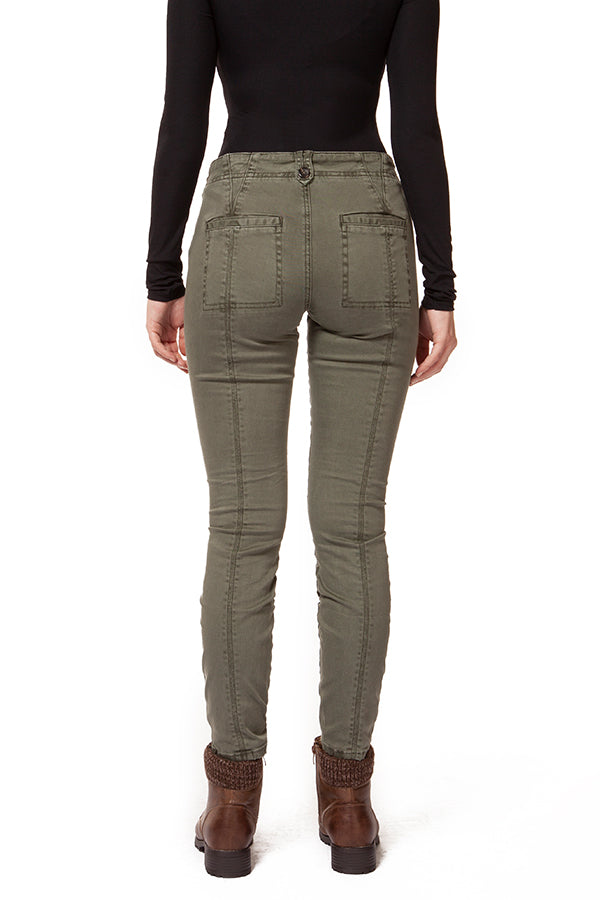 Stay trendy and chic with the Sage Mid Rise Pant With Seam Detail.  These mid-rise pants feature a skinny leg cut, seam details on front and back, and cute patch like pockets.  The button details on the belt loop give these sage pants a fun, unique look.  Style with a camisole and cardigan for a casual outfit. Dex clothing.