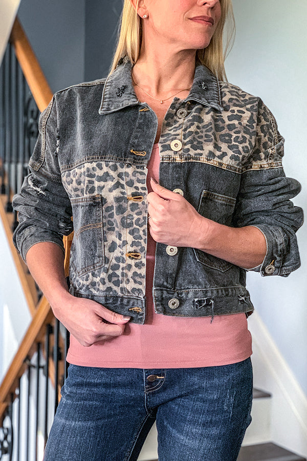 Our favorite Leopard Denim Jacket is now available in this awesome Vintage Black color!  This relaxed denim jacket features a cute leopard print mixed fabric, front patch pockets, and button closure.  This fun, unique jacket is a must-have for any season! Everyone will definitely be asking where you got it from!