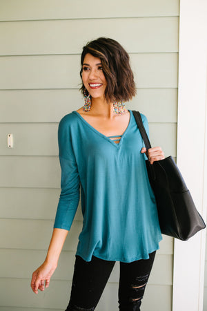 Draw The Line Top In Teal