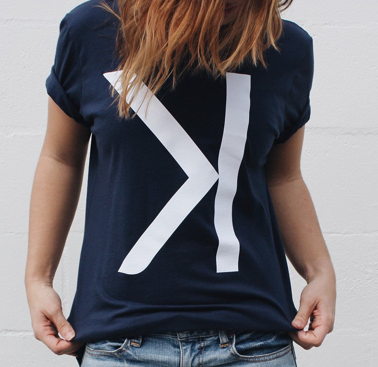 STRIKEOUT TEE NAVY