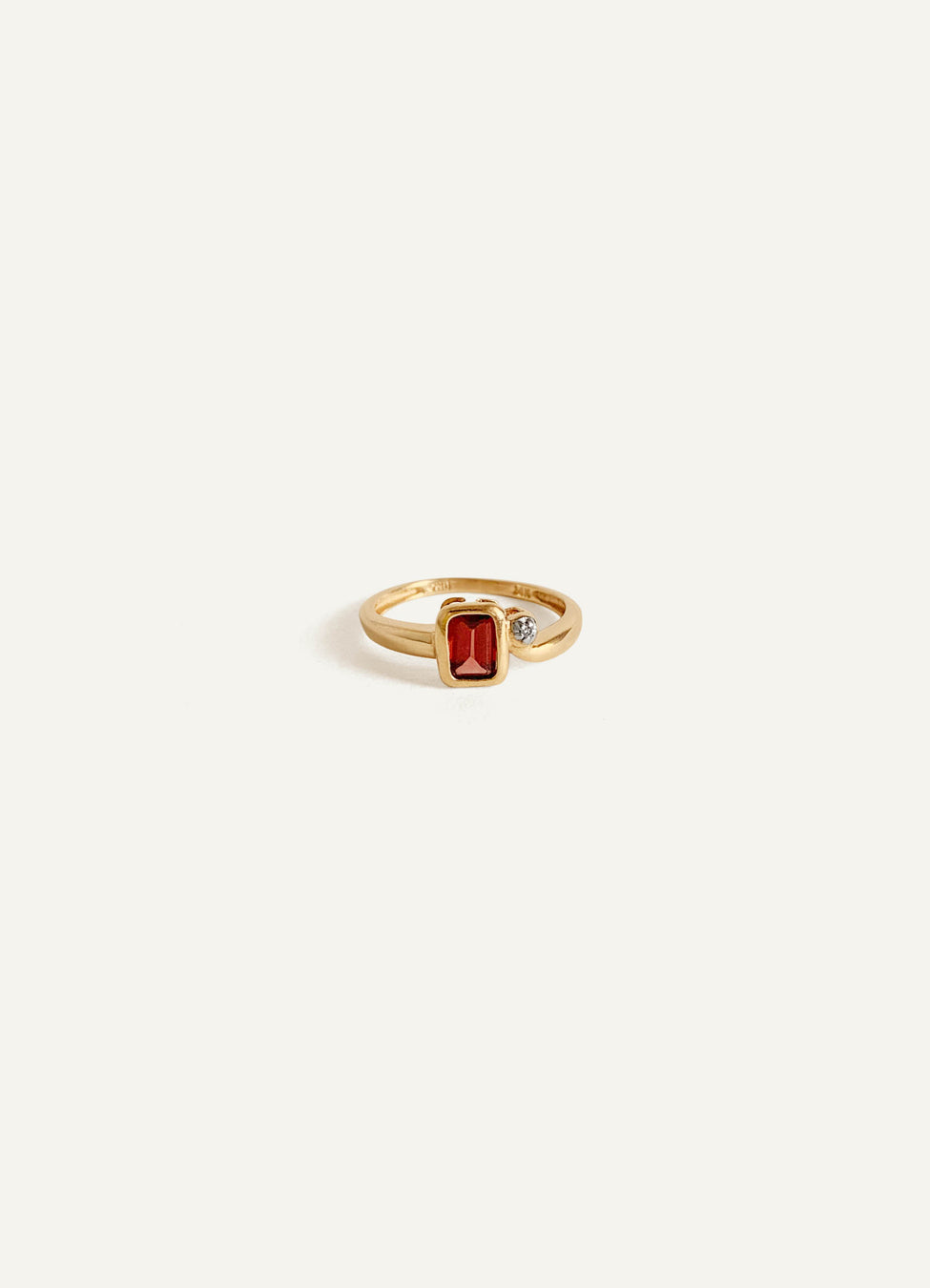 14k Red Garnet Diamond Ring