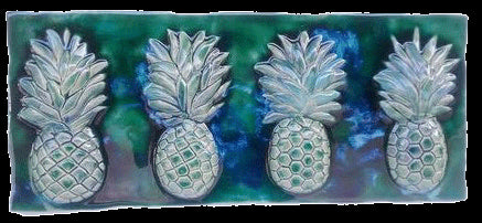 "Wall Art Pineapples 5.5"" x 23"""