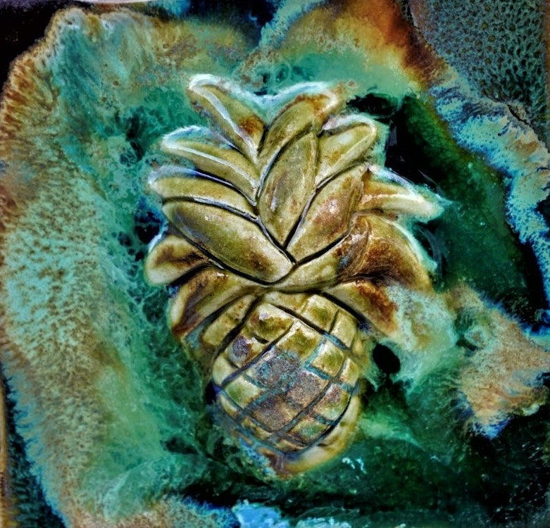 Ceramic Pineapple Wall Hanging, Ceramic Pineapple Wall Art, Pineapple Kitchen Backsplash, Pineapple Décor, Pineapple Modern Art,  Tropical Pineapple Décor, Maui Sweet Pineapple, Hawaiian Pineapple Art, Pineapple Wall Decor, Maui Pineapple Wall Art, Hawaii Pineapple Art, Maui Ceramic Pineapple, Pineapple Contemporary Art