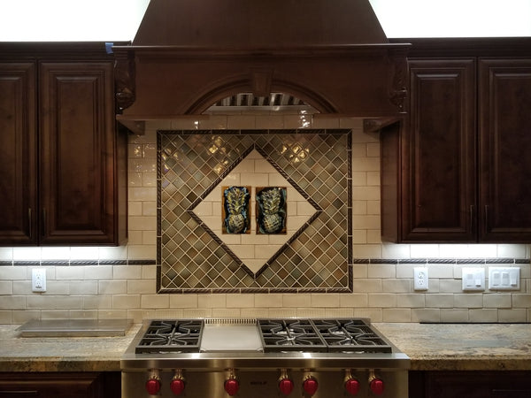 "Kitchen Backsplash ""Pineapple"" 7""x10"" SP22"