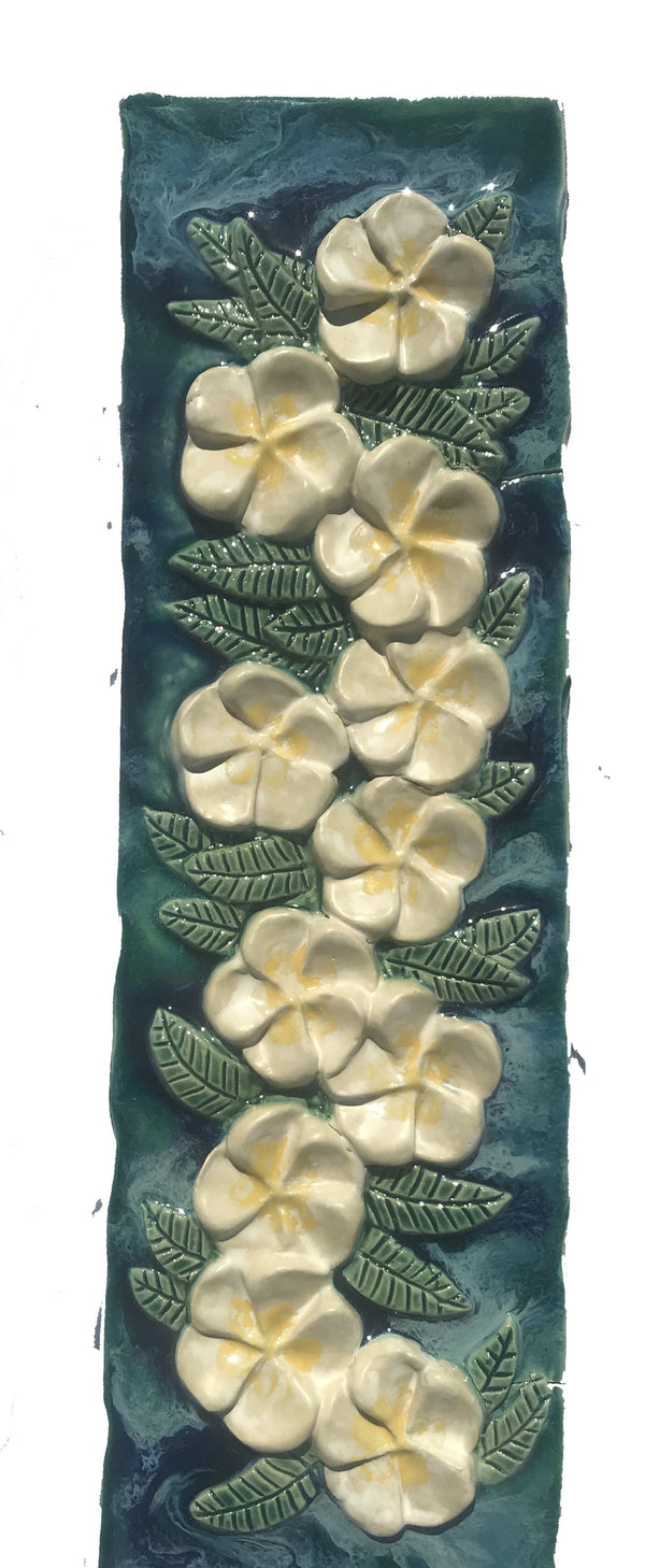 Ceramic Plumeria Flower art, Maui Plumeria Flower Plaque, Hawaiian Plumeria Flower wall art, Plumeria Flower plaque décor, Plumeria Flower wall hanging art, Plumeria Flower decorative wall plaques, Plumeria Flower decorative bowls, Plumeria Flower art, decorative Plumeria Flower serving dish, Plumeria Flower platter, Plumeria Flower plate,
