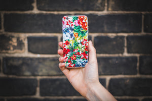 floral iPhone cases, change your appearance while providing protection