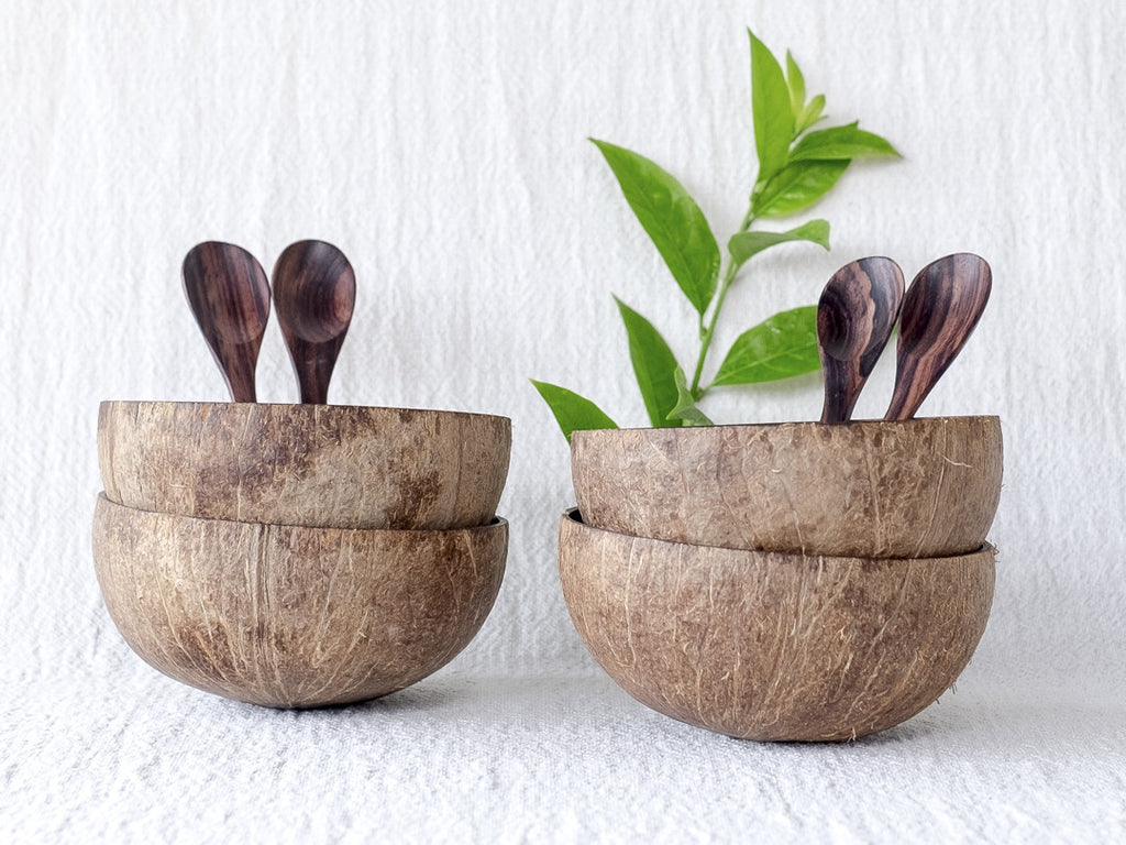 Natural Coconut Bowls & Wooden Spoons : Set of 4