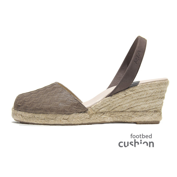 Avarcas Espadrille Wedge Ria Menorcan Sandals Mira Brown Sideview C