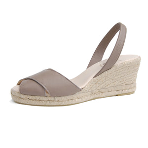Isla Avarcas Wedge Espadrilles in Putty