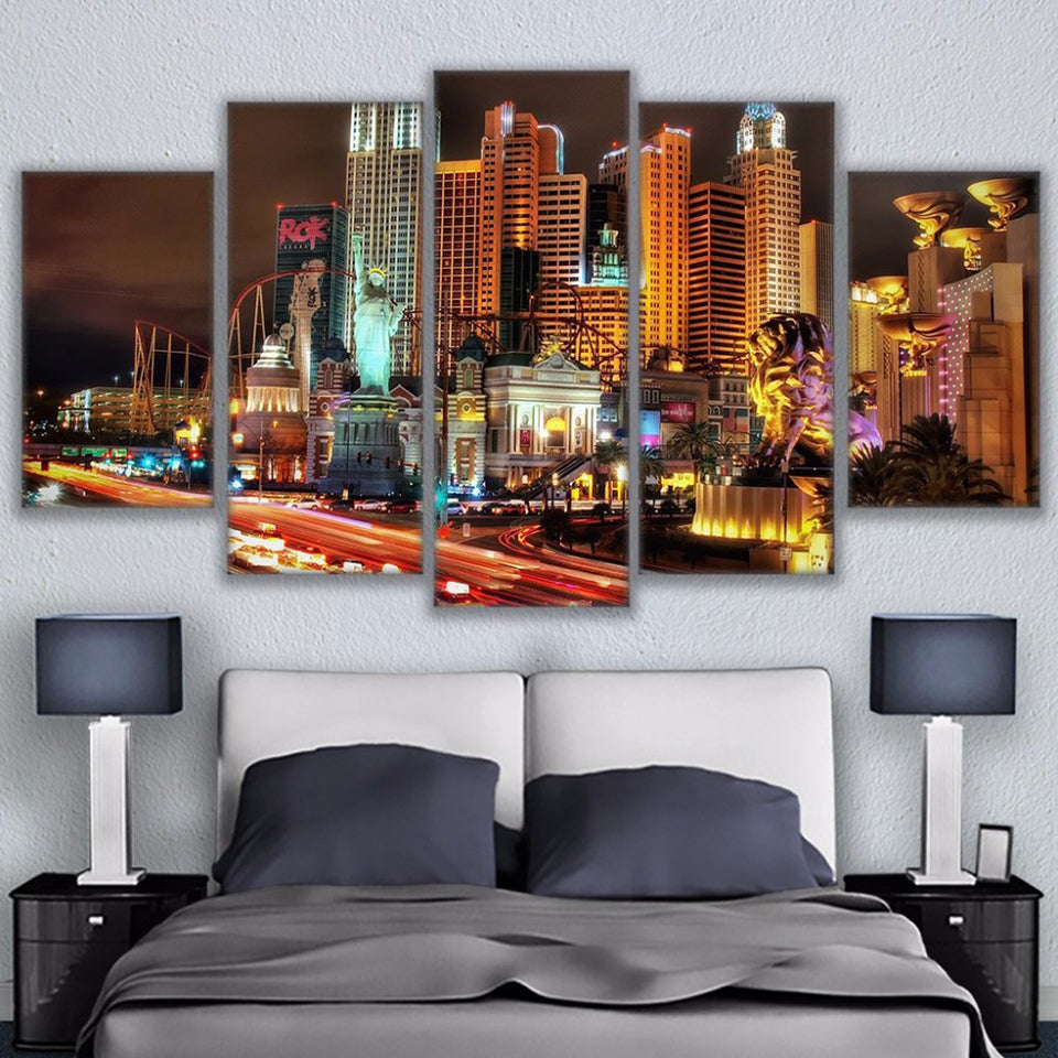 City Building Las Vegas Landscape 5 Piece Canvas Wall