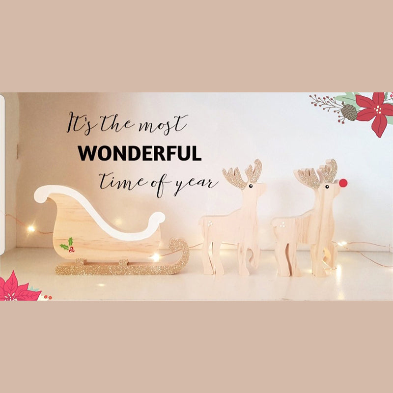 Sleigh and Reindeers Set