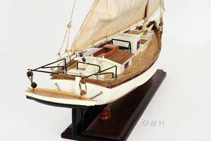 Assembled Wood Skipjack Chesapeake Bay Model Boat