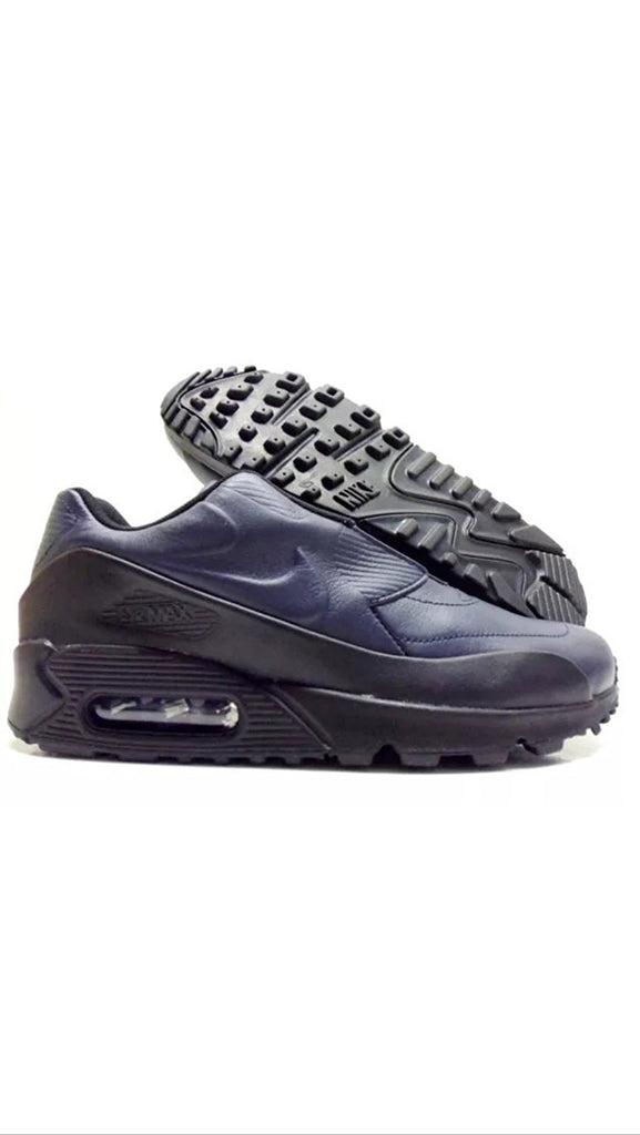 Nike Women's Air Max 90 SP/Sacai Fashion Shoe