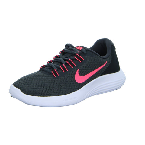 Nike Women's Luanrconverge Running Shoe