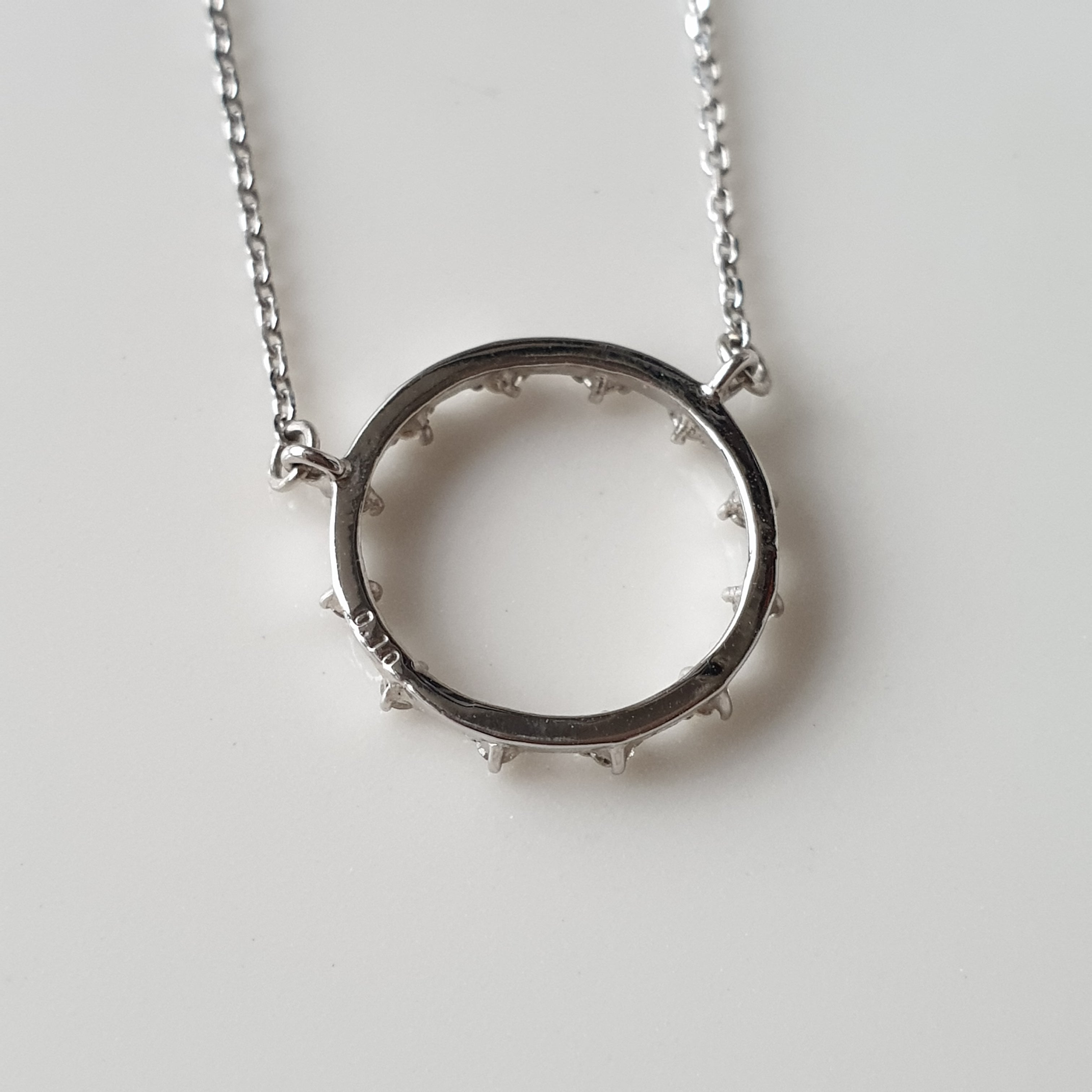 White Gold Circle Necklace