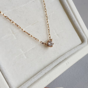 4°C Gold Necklace with Diamond Pendant