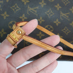 Load image into Gallery viewer, Louis Vuitton Monogram Neverfull