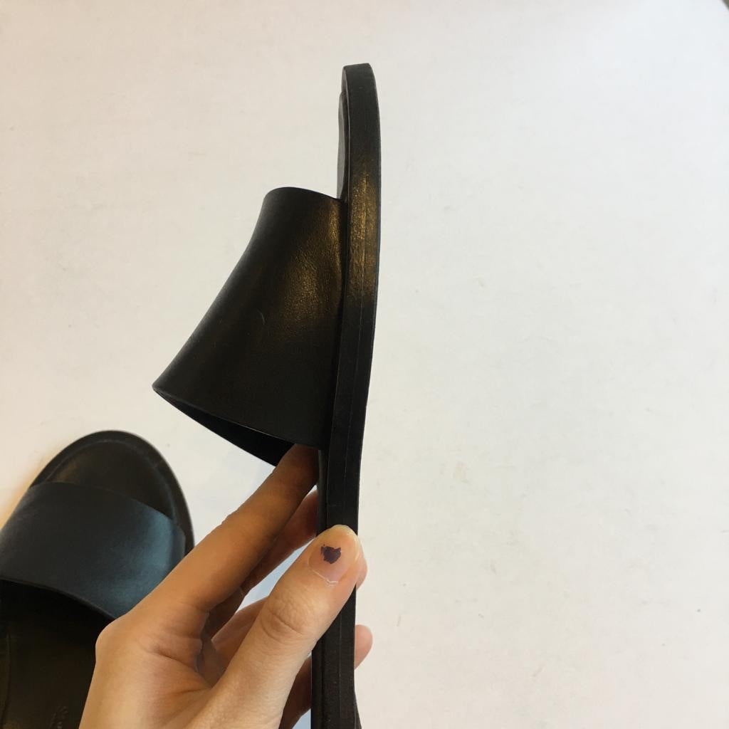 Common Projects Black Leather Slides, size 38