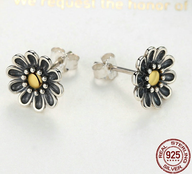 Rustic Elegance - Earrings with the Beauty of Black, Silver and Gold, Crafted from Silver