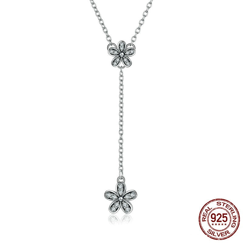 Cute Long Pendant Necklace for Women with Daisy Flowers
