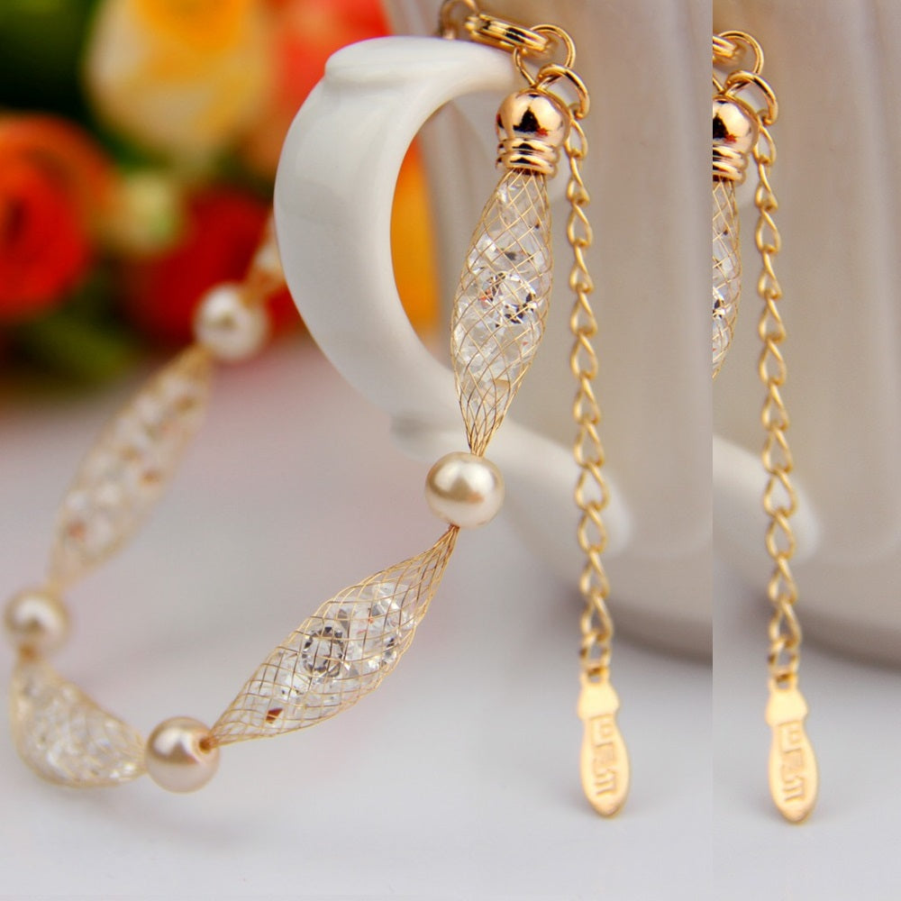 Women's Strand Type Link & Chain Fashion Bracelet