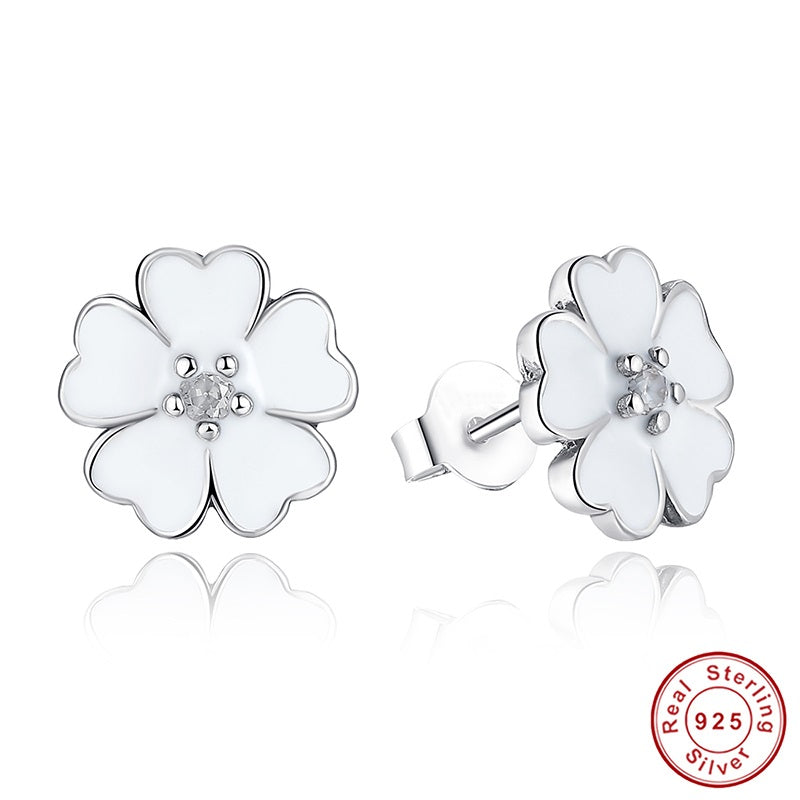 Women's Simple yet Cute Flower Earring Crafted from Silver and Crystals