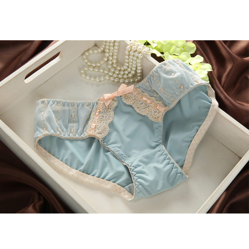 Vintage Luxury sexy Japanese embroidery Lace Bra and Pantie Set in 2 Colors