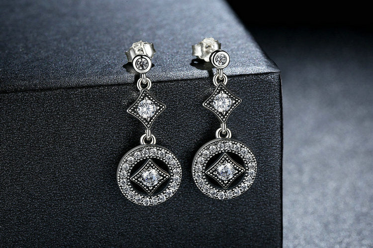 Elegance of Diamonds - Vintage Style Earrings Crafted with Silver and Crystals