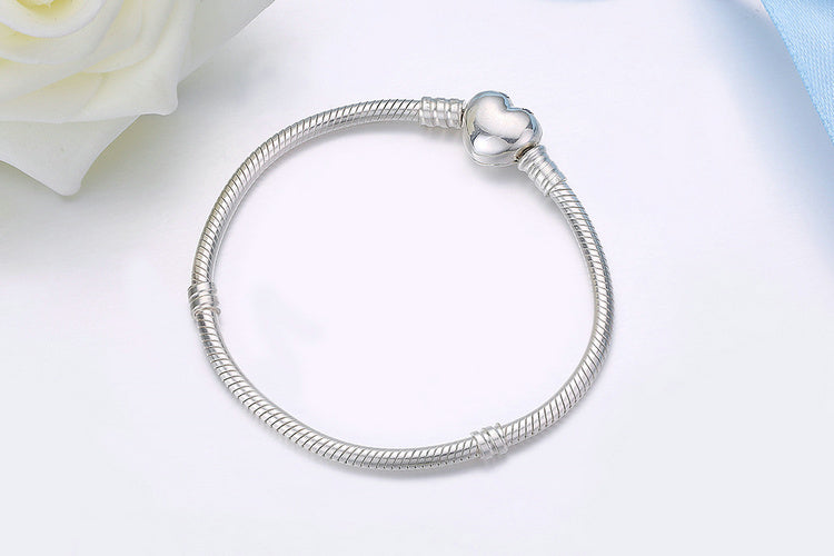 Cute Valentine Day Bracelet with Heart Crafted from Silver