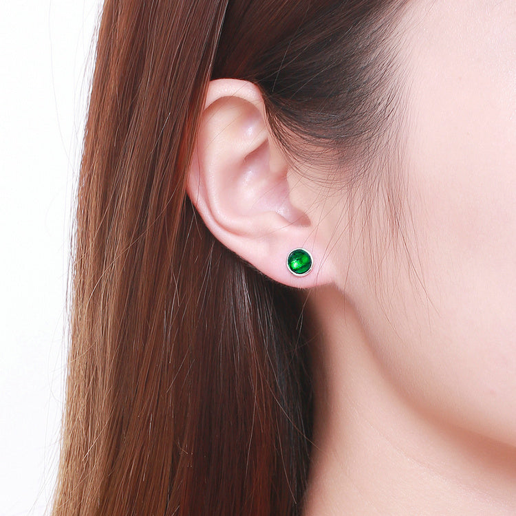 Richness of Emerald - Simple but Cute Earrings Crafted from Silver