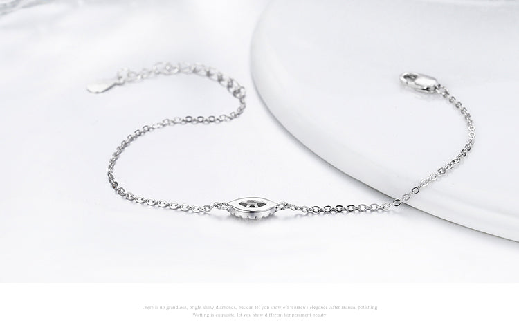 Simple yet Elegant Adjustable Link Chain Bracelet Crafted from Platinum Plated Silver and Diamonds like Crystals