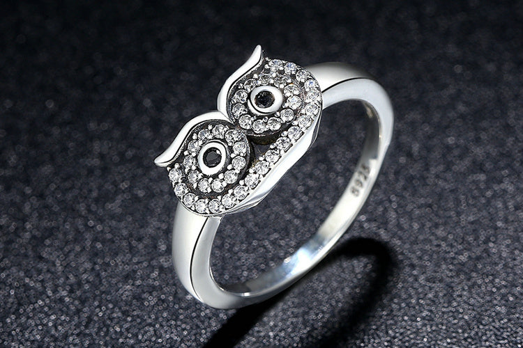 Wear a Cute Owl on the Finger - Ring Crafted from Silver and Crystals