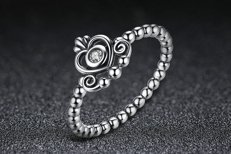 Queen's Crown on Your Finger - An Elegant Finger Ring Crafted with Silver and Crystal