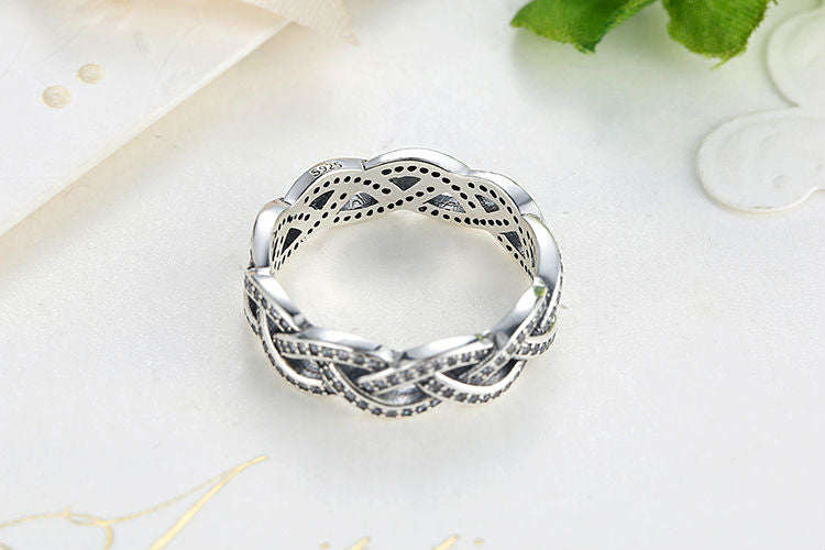 Silver Plated Sparkling Finger Ring With Clear Crystals