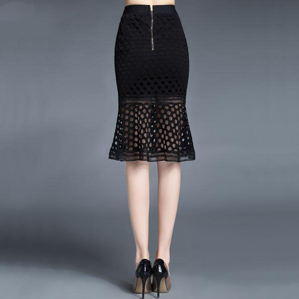 Women's Elegant High Waist Trumpet Skirt in Black and White Colors