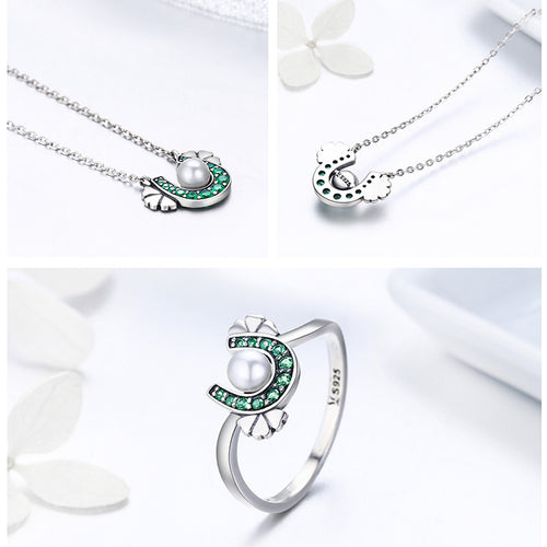 Elegance of Emeralds - Gorgeous Jewelry Set for Women with Horseshoe, Hearts and Pearl