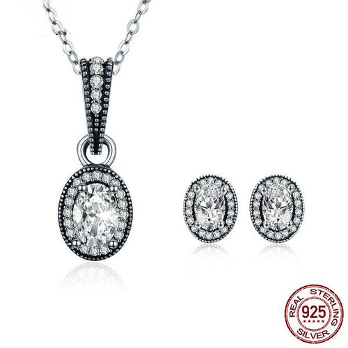 Gorgeous Vintage Style Jewelry Set with Black and Silver Contrast, Crafted from Silver and Diamonds like Crystals