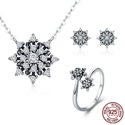 Cool Elegance - Women's Jewelry Set with Ice Crystal Design, Crafted with Silver and Diamonds like Crystals
