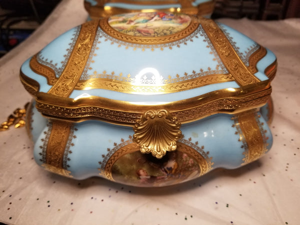 "Large Lt Blue Chest - Chantilly JEWELRY BOX - Limited Edition First on Made 4 of 50 - Penicaud - EXTREMELY RARE - Limoges Box - 9"" x 7"" x 5"""