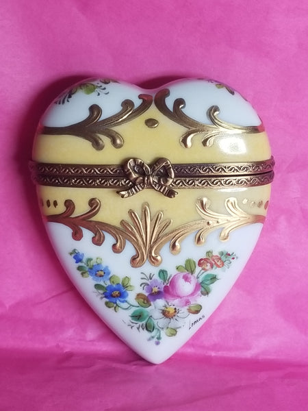 Gold Yellow Heart Limoges Box