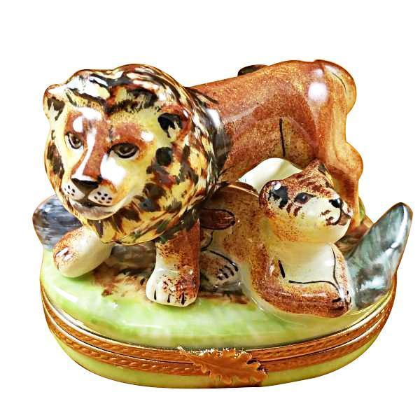 LION W/BABY LIMOGES BOXES BOUTIQUE