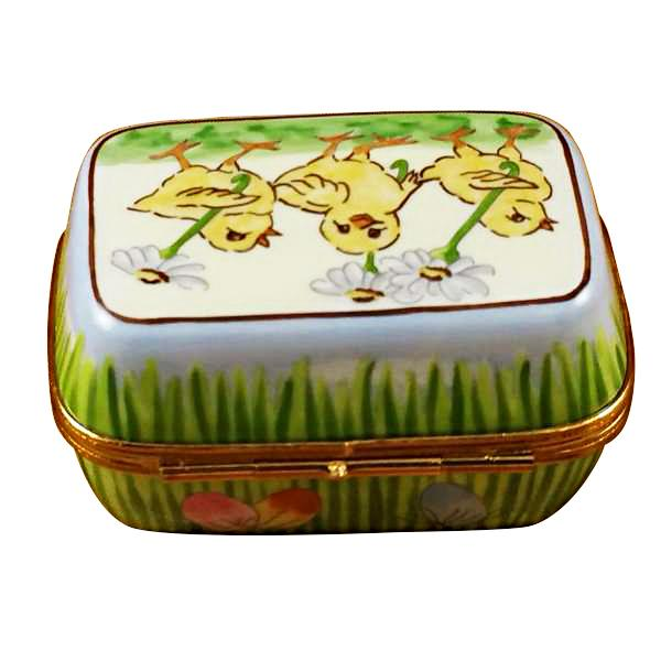 EASTER EGG BOX W/EGGS LIMOGES BOX - Limoges Boxes Porcelain Figurines