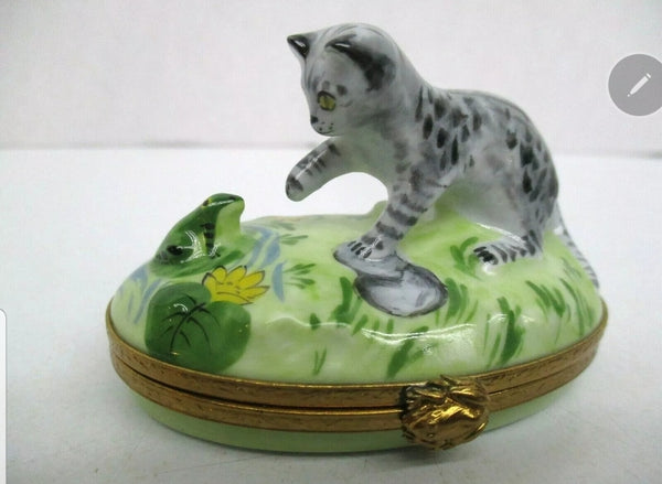 Kitten With Frog Limoges Box