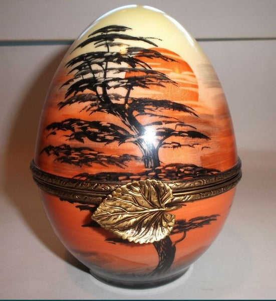 African Sunset Egg Limoges Box