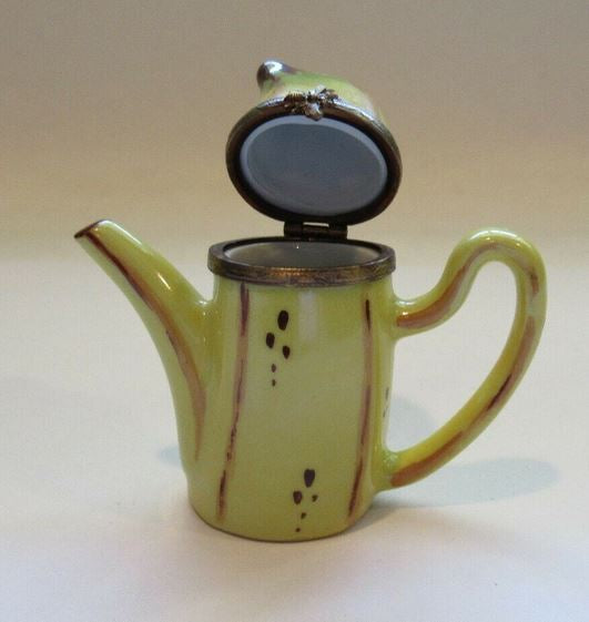 Teapot Banana- This will take 3 xtra Days to Ship