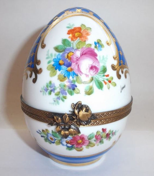 Large Flowers on White Egg Limoges Box - This will take 3 xtra Days to Ship