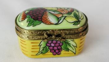 Fruit Box - EXTREMELY RARE RETIRED - 3 Extra Days to Ship