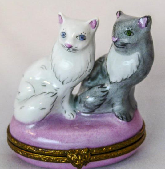 Two Cats on Pink Round  - RARE RETIRED - 3 Extra Days to Ship